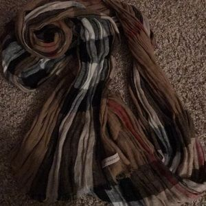 Burberry Authentic Crinkle scarf